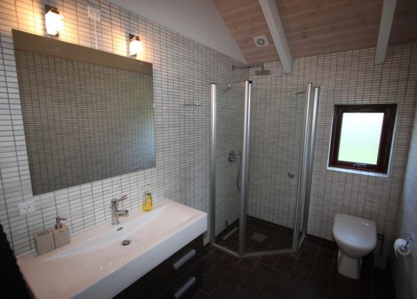 Spitze Holz-Ferienhaus-Marielyst-Bøtø mit Sauna u. Whirlpool